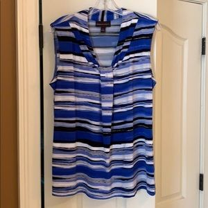 Knot-front blue, white and grey striped top.